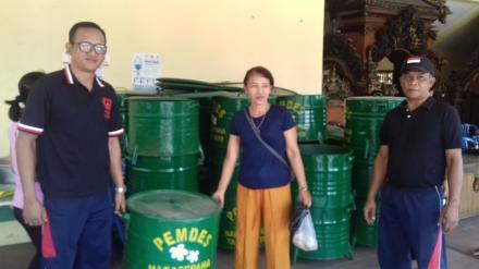 Sosialisasi Pemicuan Perubahan Prilaku Buang Air Besar Sembarangan (BABS) serta Serah Terima Tong Sa