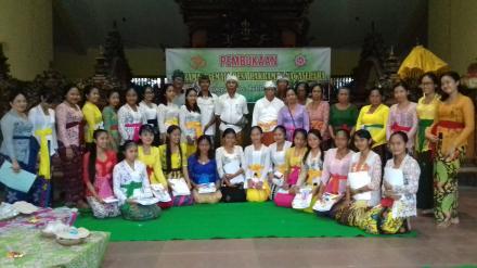 Pembukaan Pasraman Remaja Desa Pakraman Nagasepaha