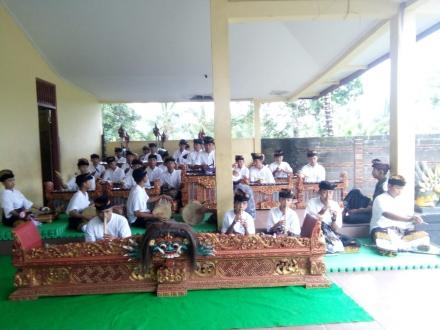 Seleksi Gong Anak-Anak Werdhi Guna  Desa Nagasepaha