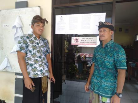 Pemasangan Pengumuman Perekrutan KPPS Pemilu 2019 di Wilayah PPS Desa Nagasepaha