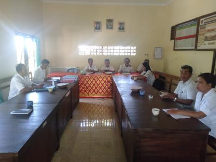 Monitoring sekaligus Evaluasi Pengelolaan Keuangan Desa Nagasepaha