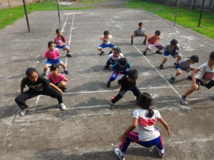 Latihan Bela Diri Wushu Anak-anak Desa Nagasepaha
