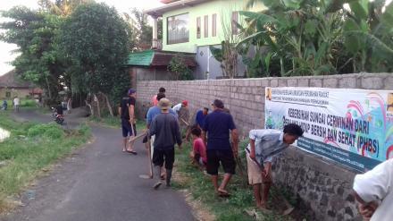 Gotongroyong Banjar Adat Delod Margi Desa Nagasepaha