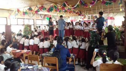 Acara Perpisahan Kelas VI SD N 1 Nagasepaha dan Penyerahan Hadiah Siswa/Siswi berprestasi Oleh Perbe