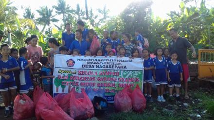 Penanggulangan Sampah Plastik di Lingkungan Desa N