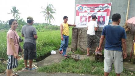 Pemasangan Spanduk Calon BPD Desa Nagasepaha tahun